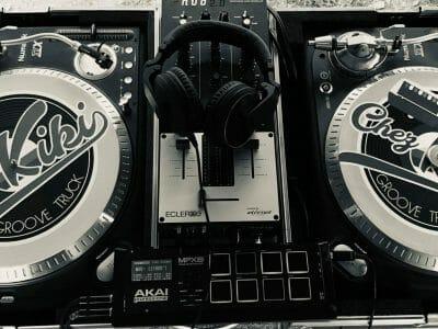 Kiki Groove Truck 0